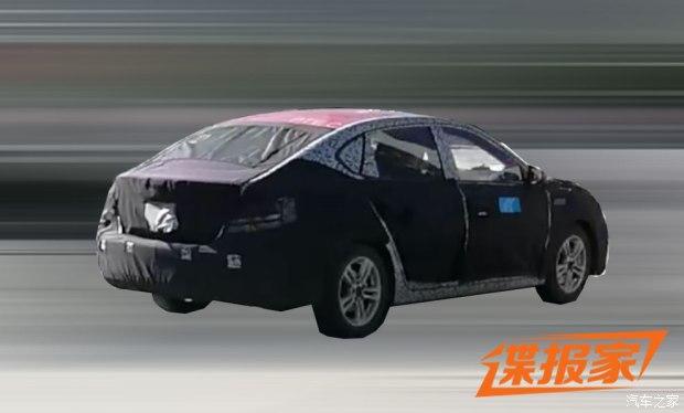 或与i6同平台 名爵全新车型谍照曝光